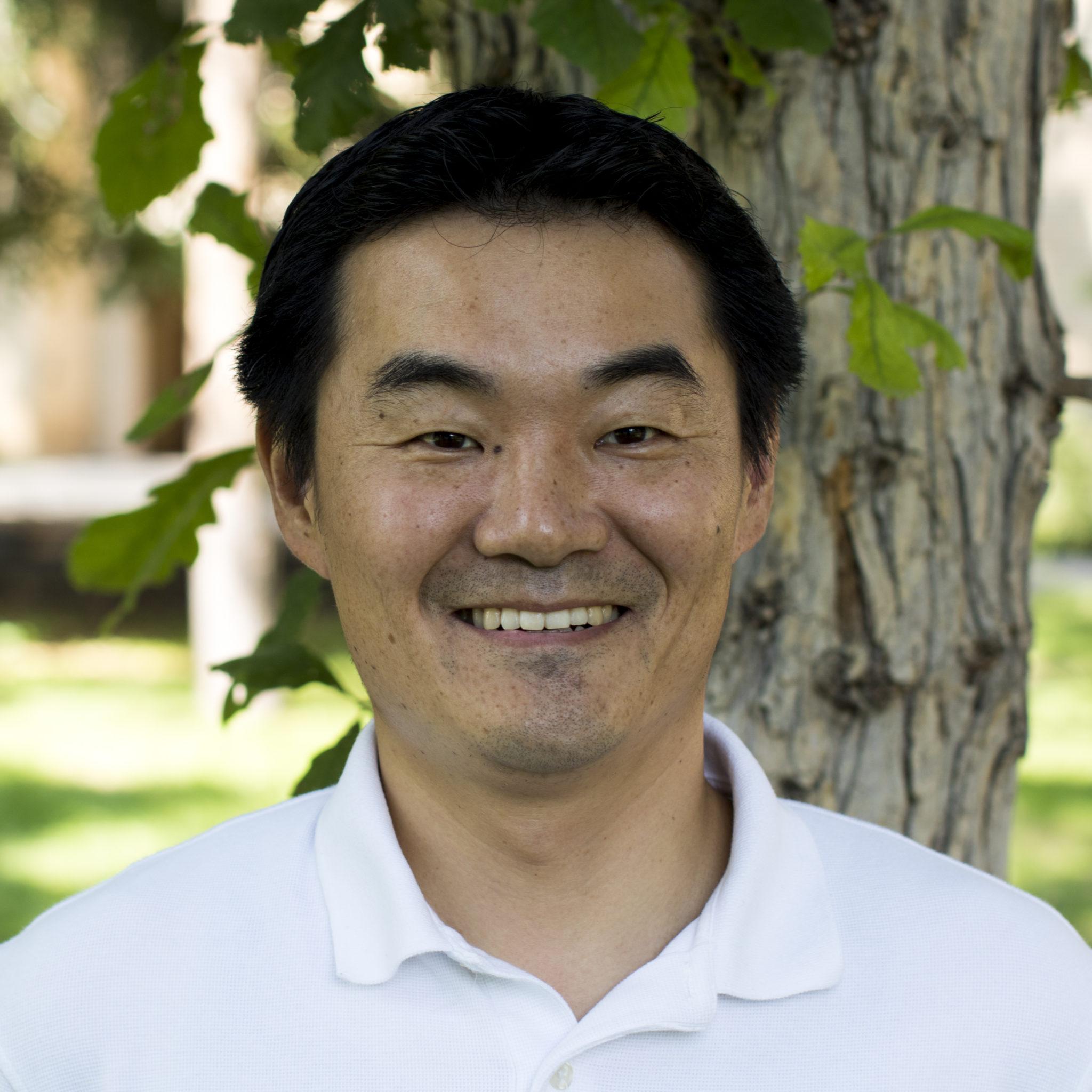 headshot of Yoichiro Kanno